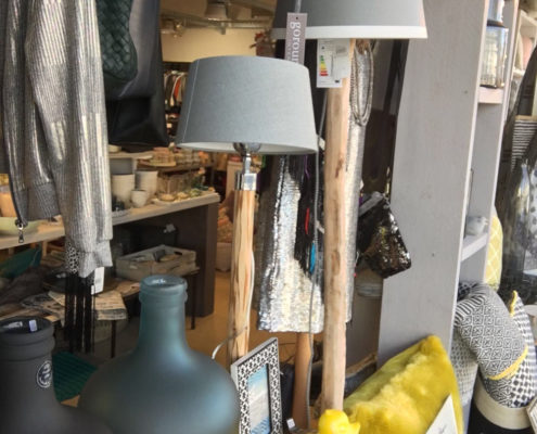 Wohnaccessoires kinderbekleidung second for Second hand lampen